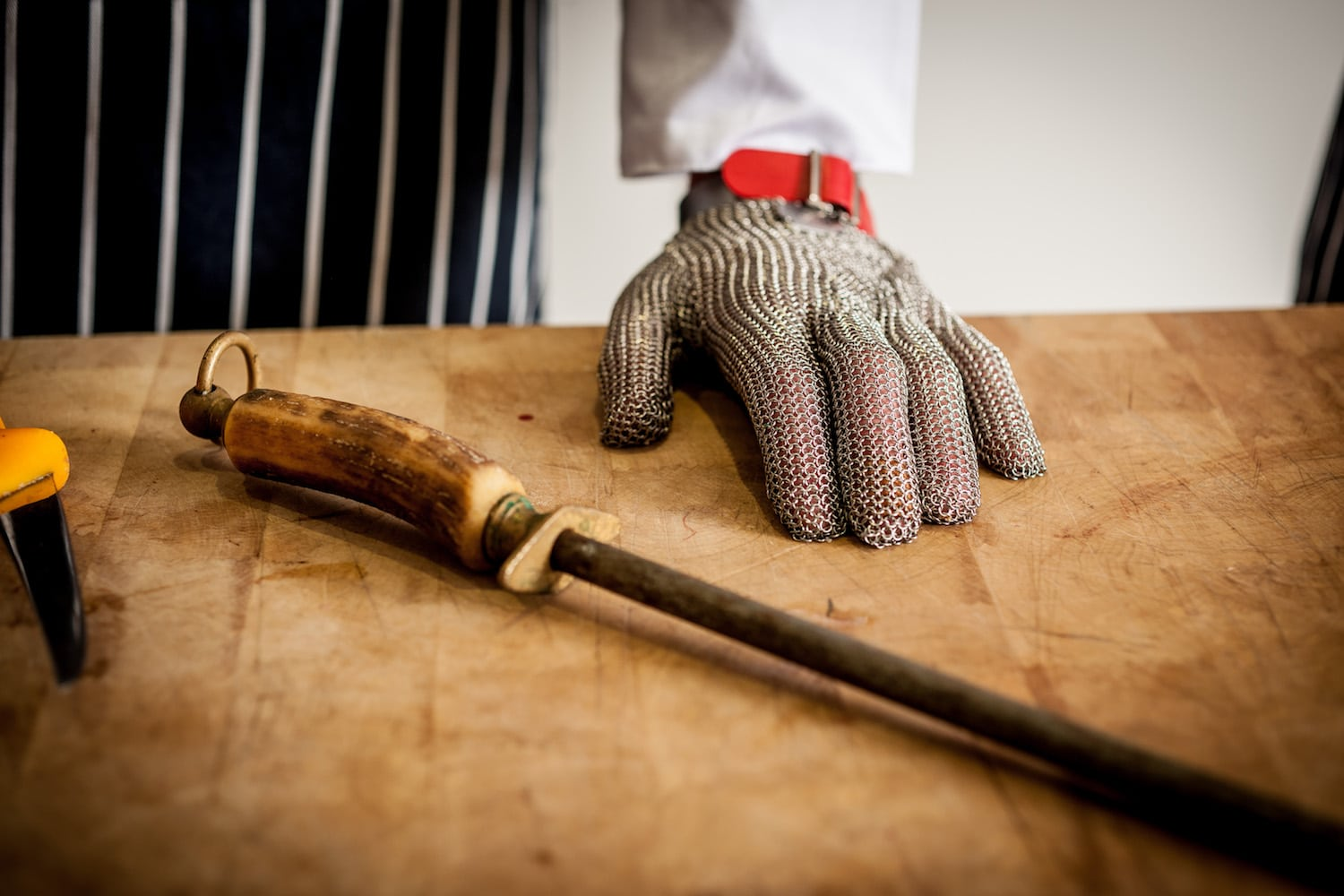 book butchery course in Cornwall at Etherington's